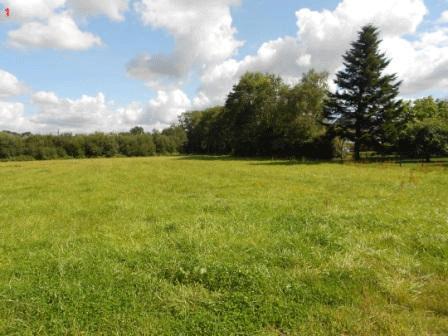 Terrain de 410 m² à Hanvec - 29 900 €
