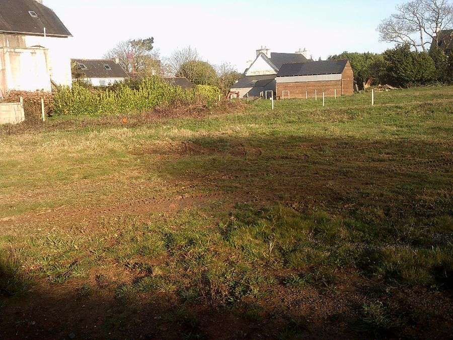Terrain de 403 m² à Irvillac - 34 1740 €