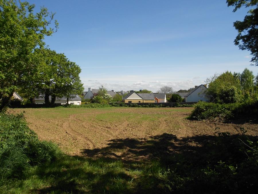 Terrain de 500 m² Le Drennec - 42 500 €