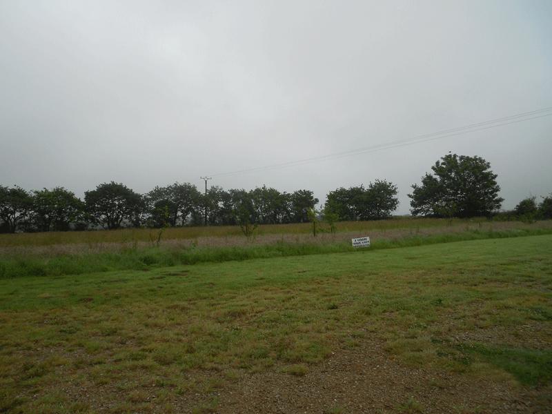 Terrain de 800 m² à Saint Sauveur - 16 490 €